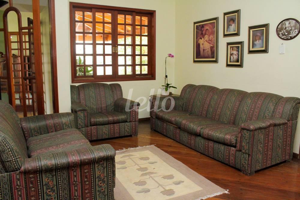Casa de 4 dormitórios à venda em Carrão, São Paulo - SP