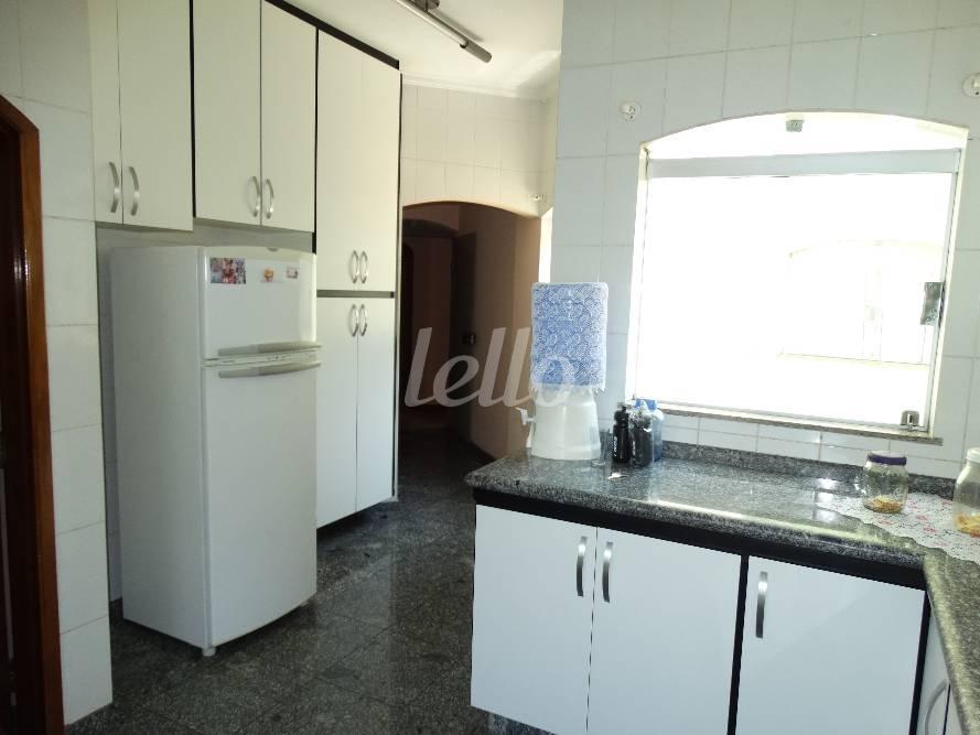 Comercial de 4 dormitórios em Vila Cecília Maria, Santo André - SP