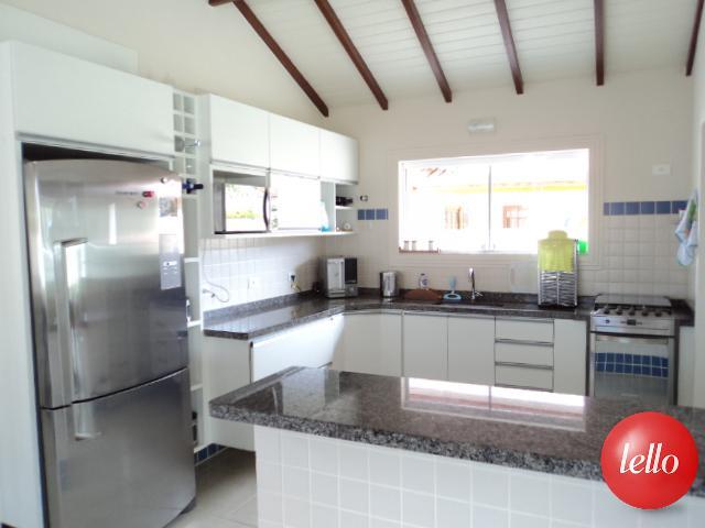 Casa de 3 dormitórios em Boracéia, Bertioga - SP