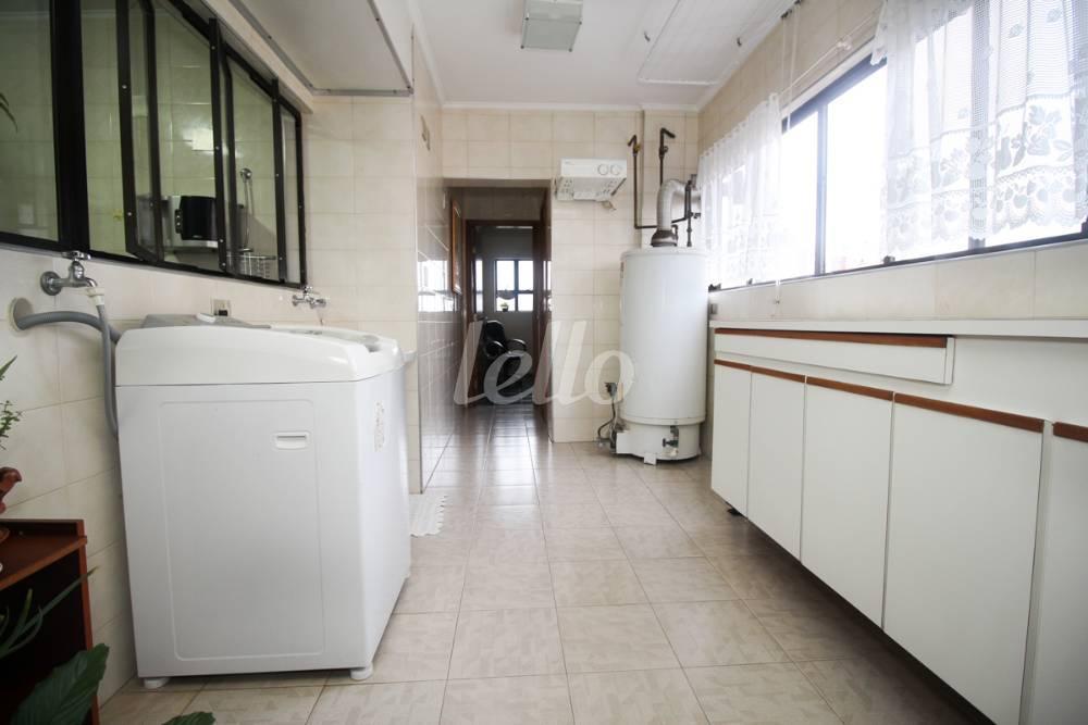 Apartamento de 4 dormitórios em Vila Guiomar, Santo André - SP