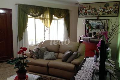 LIVING - Casa 3 Dormitórios