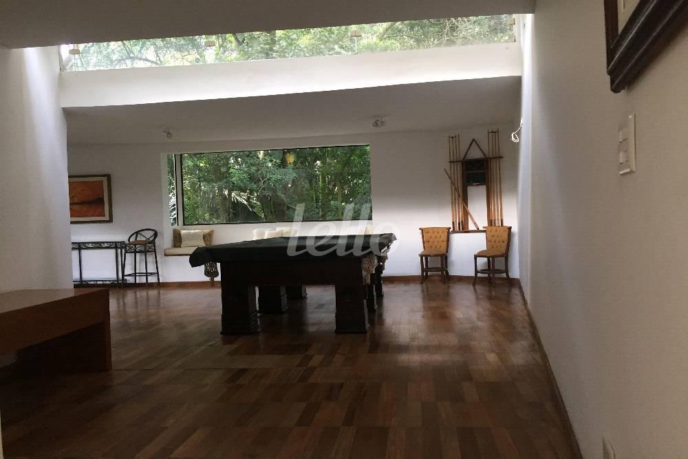 SALÃO DE JOGOS - Casa 4 Dormitórios