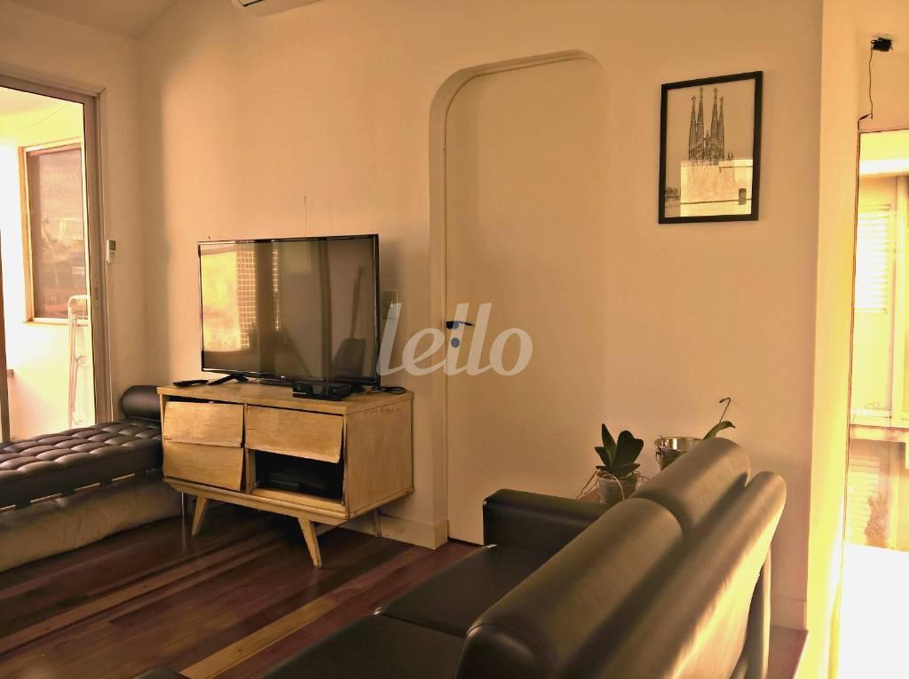 ESCRITÓRIO - Casa 1 Dormitório
