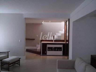 HALL INTERNO - Casa 4 Dormitórios