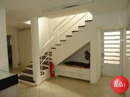 ACESSO AO ANDAR INFERIOR - Casa 2 Dormitórios