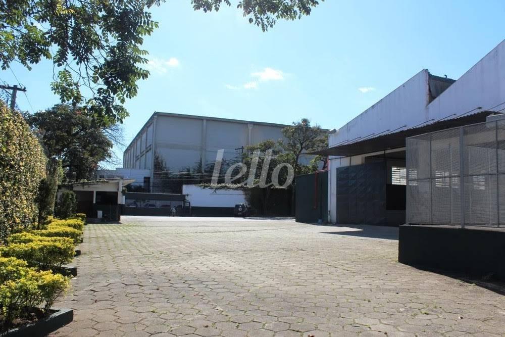VISTA EXTERNA  - Galpão/Armazém