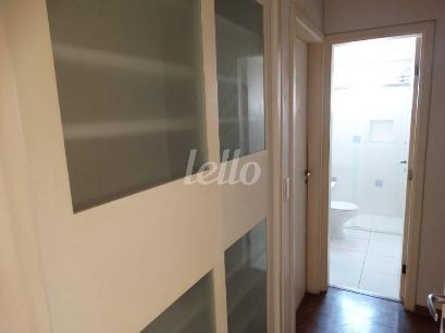 HALL COM ARMÁRIOS - Apartamento 3 Dormitórios