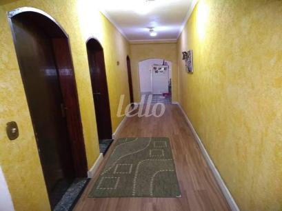 CORREDOR INTERNO - Casa 4 Dormitórios