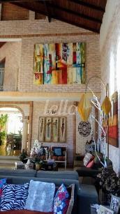 SALA DE ESTAR - PÉ DIREITO ALTO - Casa 3 Dormitórios