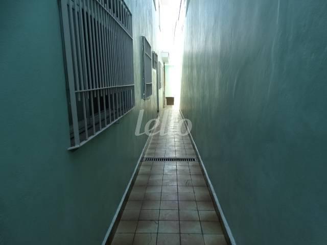 CORREDOR EXTERNO - Casa 5 Dormitórios
