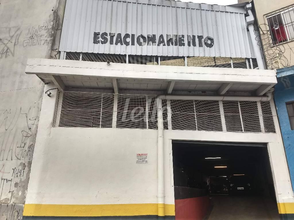 ESTACIONAMENTO - Prédio Comercial