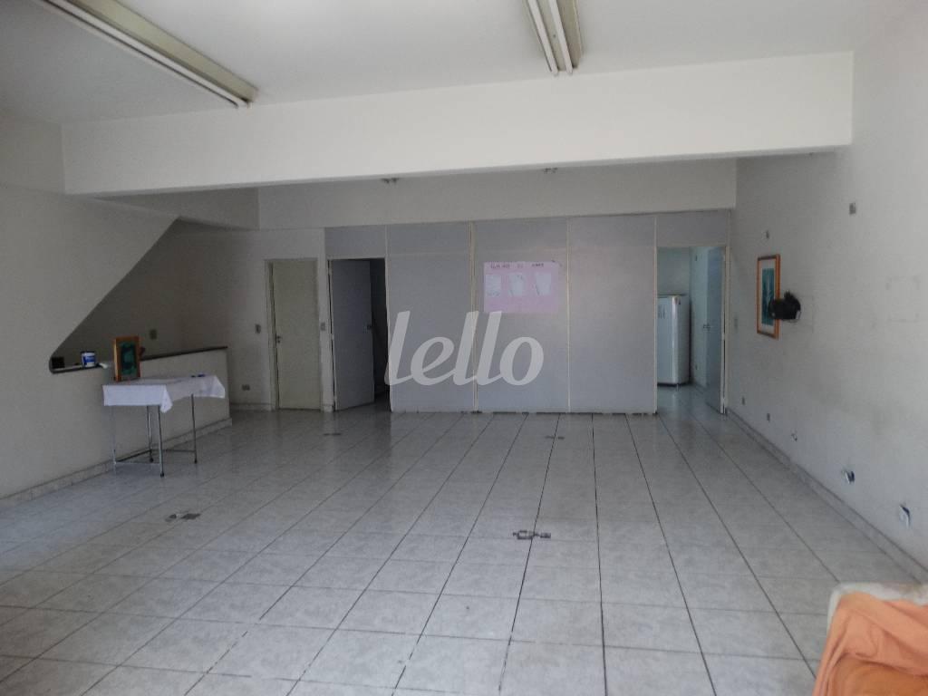 SALÃO 1º ANDAR - Prédio Comercial