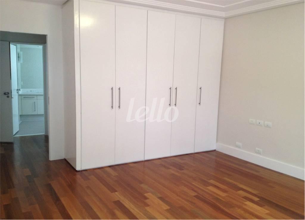 SUITE III - Apartamento 3 Dormitórios