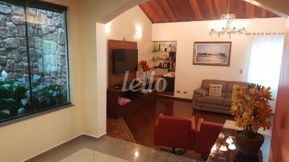 SALA COM LAREIRA - Casa 3 Dormitórios