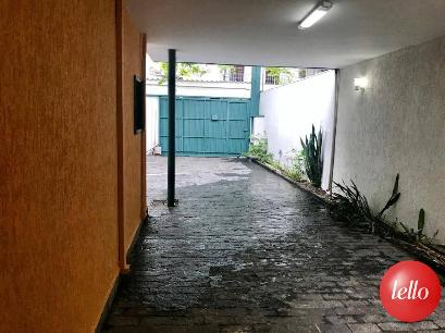 GARAGEM COBERTA - Casa