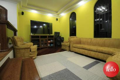 SALA DE TV - Casa 6 Dormitórios