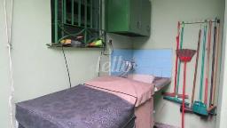 A SERVIÇO - Casa 2 Dormitórios