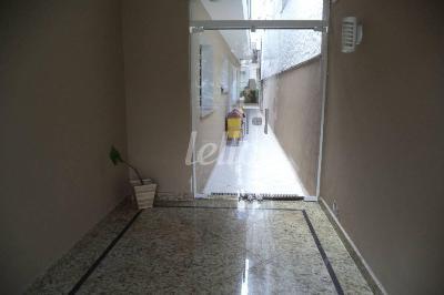 CORREDOR EXTERNO - Casa 3 Dormitórios