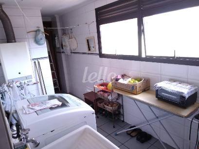 A SERVIÇO - Apartamento 3 Dormitórios
