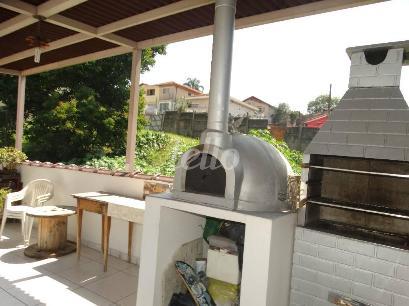 ÁREA SUPERIOR COM CHURRASQUEIRA E FORNO DE PIZZA - Casa 3 Dormitórios