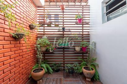JARDIM DE INVERNO - Casa 4 Dormitórios
