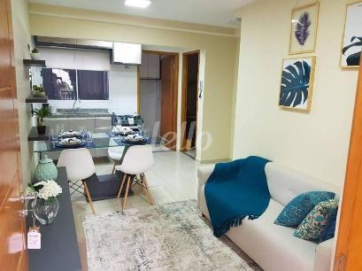 SALA ESTAR E COZINHA AMERICANA DECORADO - Apartamento 2 Dormitórios