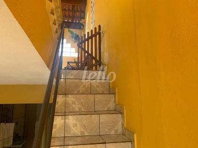 ACESSO AO PISO SUPERIOR - Casa 2 Dormitórios
