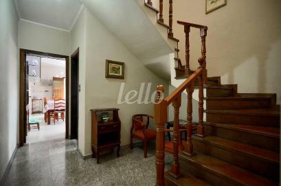 ESCADA INTERNA - Casa 4 Dormitórios
