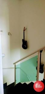 ESCADA ACESSO PISO SUPERIOR - Casa 3 Dormitórios