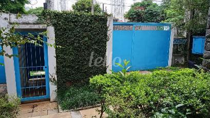 PORTÕES GARAGEM - Casa