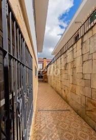 ACESSO LATERAL - Casa 3 Dormitórios