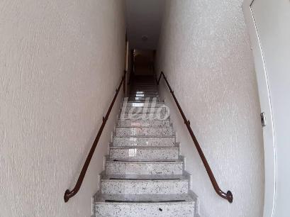 02-ESCADA ACESSO - Sala / Conjunto