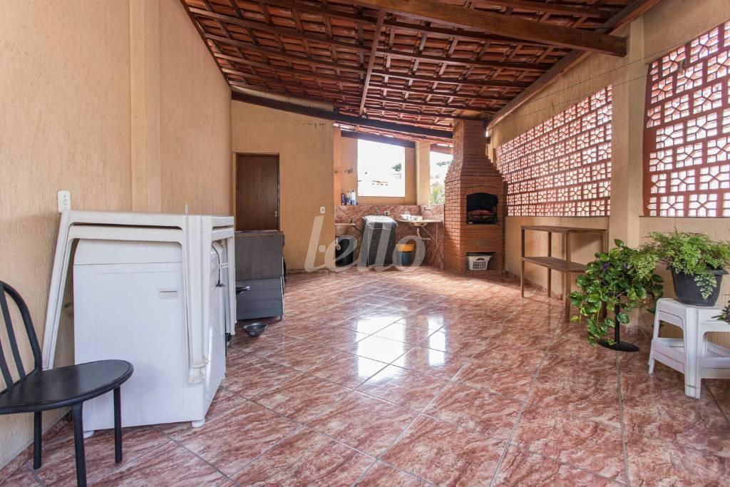 ÁREA COMUM CHURRASQUEIRA-1589 - Casa 3 Dormitórios