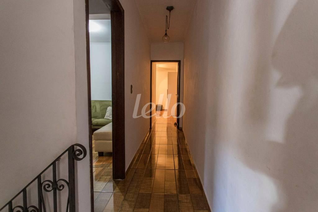 HALL DE DORMITÓRIOS - Casa 3 Dormitórios