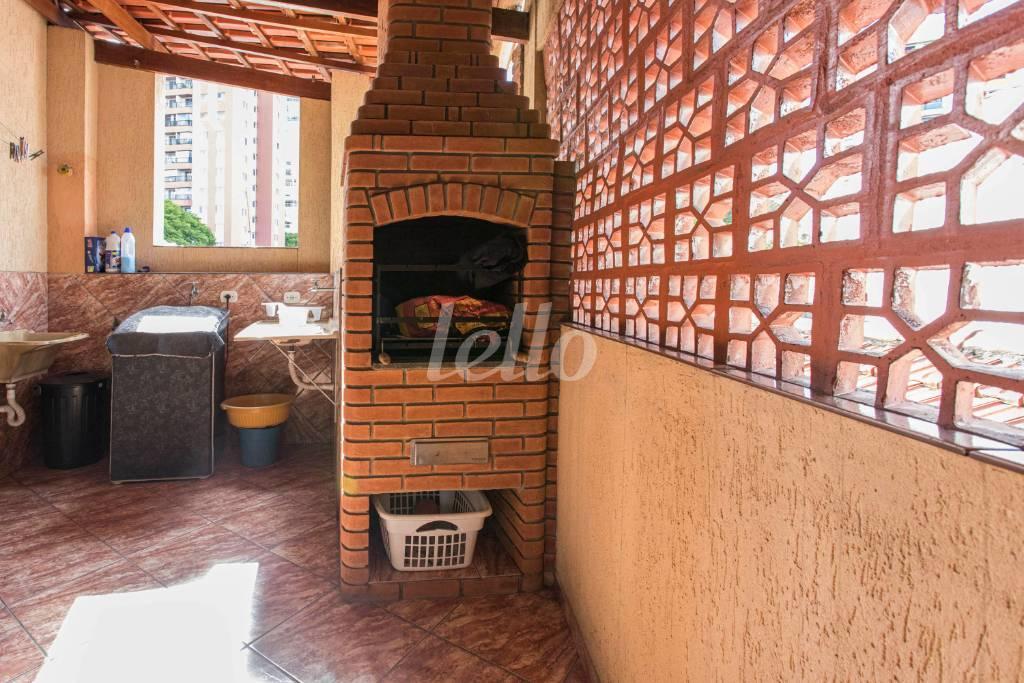 ÁREA COMUM CHURRASQUEIRA-1591 - Casa 3 Dormitórios