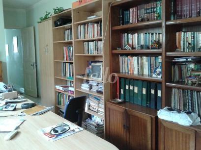 ESCRITÓRIO BIBLIOTECA - Casa 3 Dormitórios