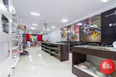 LOJA TÉRREO - Prédio Comercial