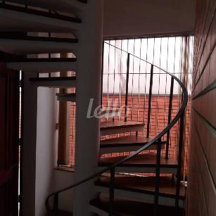 ESCADA - Casa 6 Dormitórios