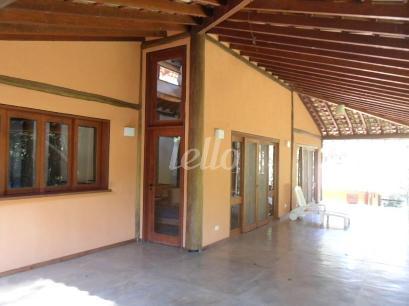 AREA - Casa 3 Dormitórios