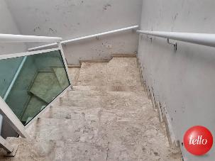 ACESSO PISO SUPERIOR - Casa 4 Dormitórios