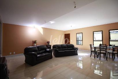 1° ANDAR -SALA - Casa 4 Dormitórios