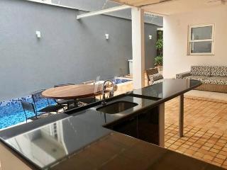 ESPAÇO GOURMET - Casa 4 Dormitórios