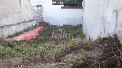 11 - Área / Terreno