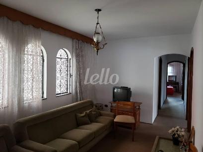 SALA ÍNTIMA - Casa 4 Dormitórios