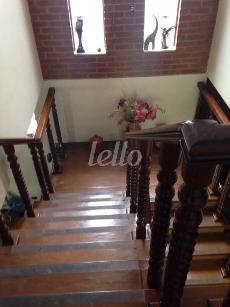ESCADA ACESSO SUPERIOR - Casa 3 Dormitórios