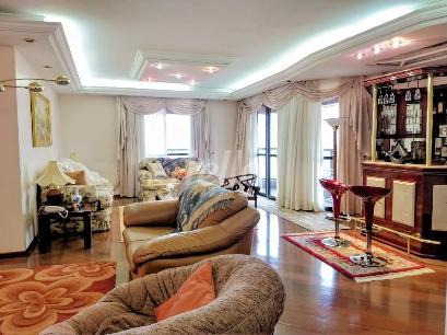 SALA DE ESTAR / 3 AMBIENTES - Apartamento 4 Dormitórios